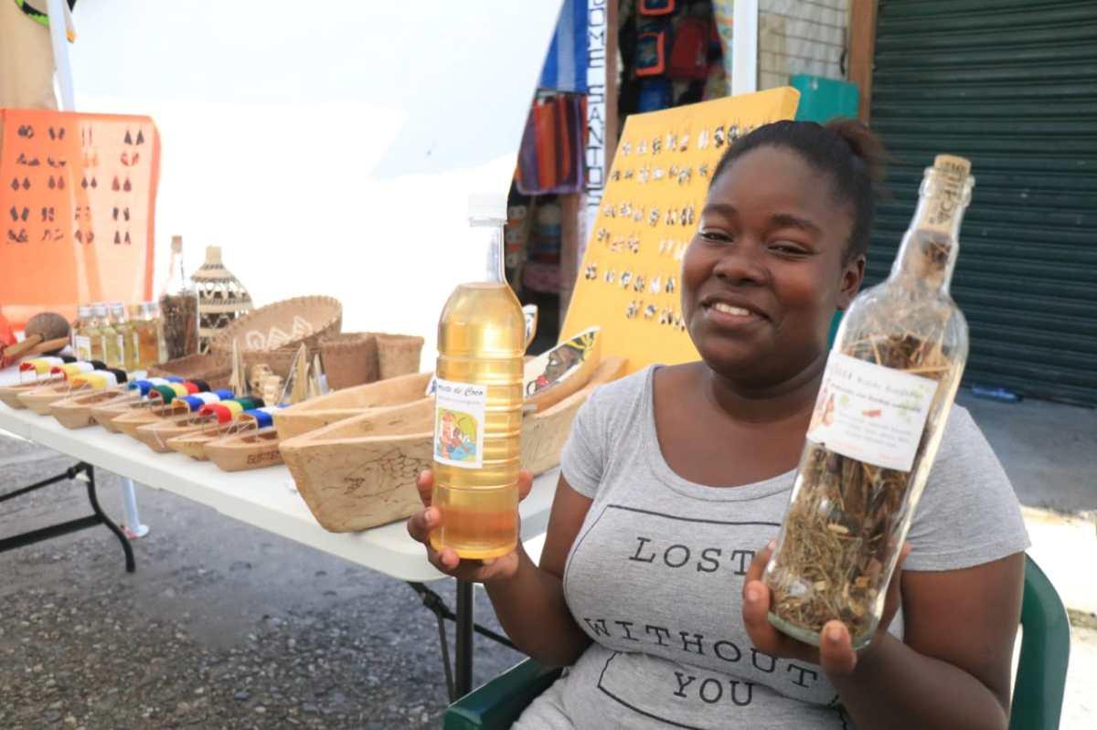 Mujeres garífunas aprovechan sus conocimientos ancestrales y emprenden proyectos de desarrollo