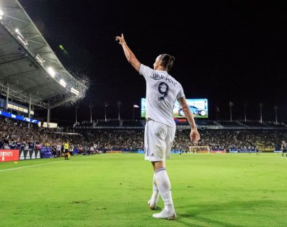 Zlatan Ibrahimovic emocionó a la afición del Galaxy y disfrutó su paso por la MLS. (Foto Prensa Libre: LA Galaxy)
