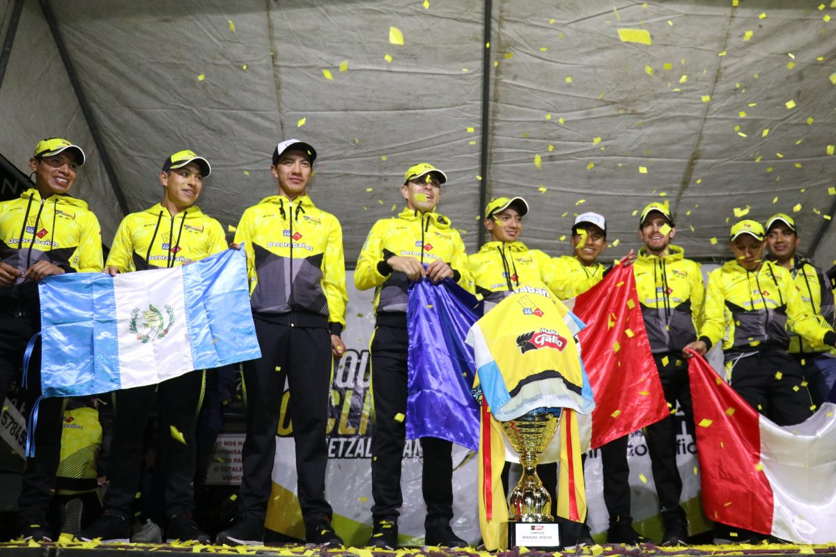 Quetzaltenango recibe a los tricampeones de la Vuelta a Guatemala en una noche de fiesta