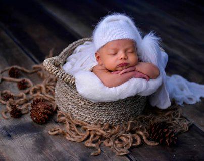 Las primeras fotografías del bebé siempre se recuerdan con nostalgia. (Foto Prensa Libre: AFP)