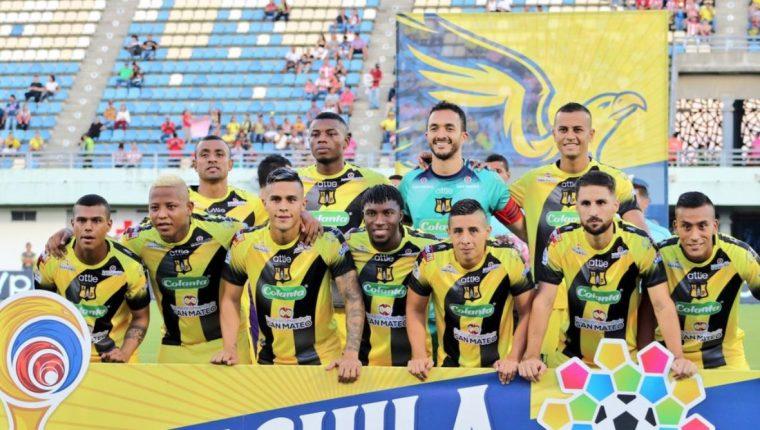 El guardameta guatemalteco pasa gratos momentos en el futbol profesional de Colombia. (Foto Prensa Libre: Alianza Petrolera)