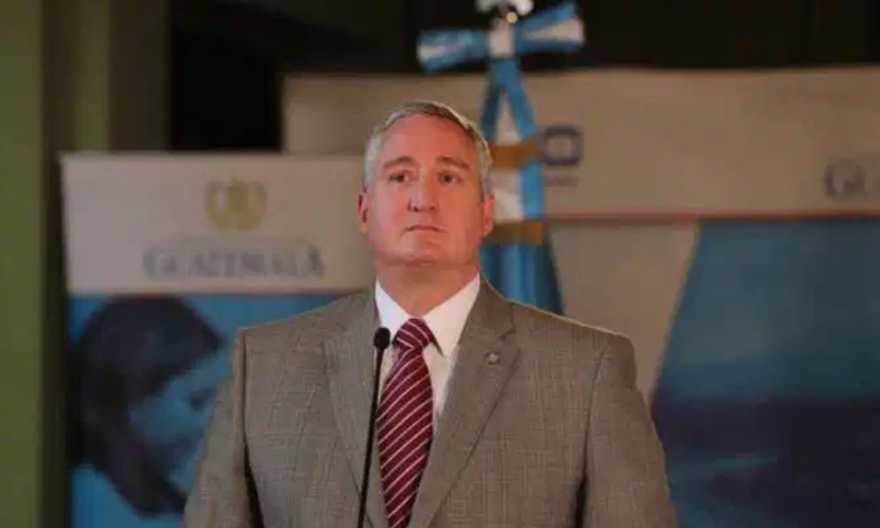 Trasladan a la Cámara Penal la ejecutoria para que se destituya al ministro Enrique Degenhart