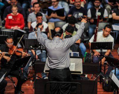 Más de cien músicos estarán bajo la dirección del maestro Heber Morales. (Foto Prensa Libre: Juan Diego González).