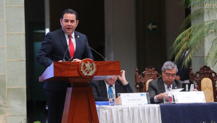 Jimmy Morales, presidente y  Jafeth Cabrera, vice presidente, asumirán una curul en el Parlacén (Foto Prensa Libre: Hemeroteca PL)
