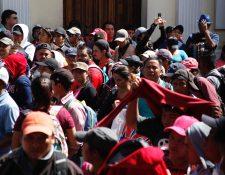 El pacto colectivo estableció un incremento de 5% anual para los docentes y personal administrativo. (Foto Prensa Libre: Hemeroteca PL)