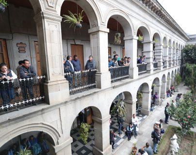 Durante la asamblea permanente realizada por trabajadores municipales en noviembre de 2019 se informó sobre el problema que se tiene con el pago de jubilaciones. (Foto Prensa Libre: María Longo)