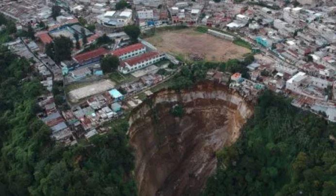 Zona del deslizamiento en Ciudad Peronia. (Foto Prensa Libre: Hemeroteca PL).
