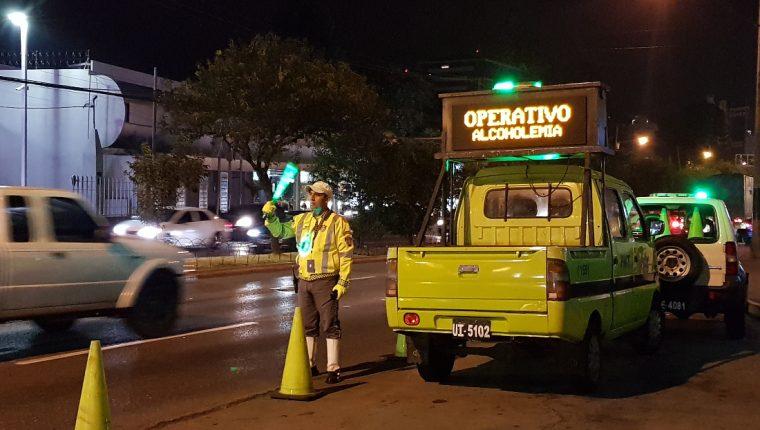 Los operativos de la PMT buscan prevenir los accidentes de tránsito. (Foto Prensa Libre: Cortesía)