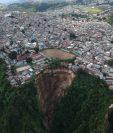 El derrumbe ocurrido en Ciudad Peronia, Villa Nueva, dejó sin vivienda a decenas de familias. (Foto HemerotecaPL)