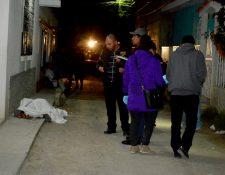 En la zona 8 Huehuetenango una madre y su hija de tres años perdieron la vida a balazos durante octubre, por este caso dos hombres fueron detenidos. (Foto Prensa Libre: Mike Castillo)