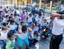Al menos 70 niños y adolescentes conforman la Brigada Infantil de Bomberos Voluntarios de Retalhuleu. (Foto Prensa Libre: Rolando Miranda)