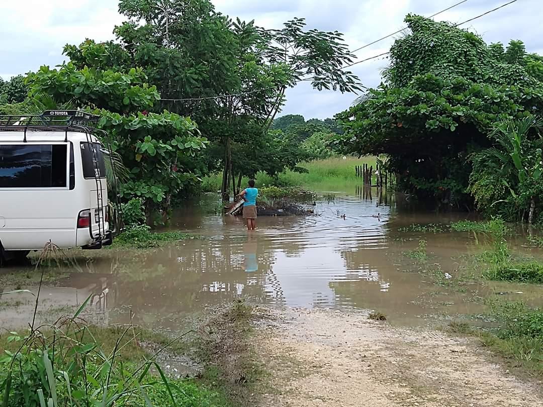 Lluvias causan inundaciones en Sayaxché; se cuentan más de 200 afectados
