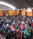 Representantes de iglesias evangélicas de Quiché se reunieron con delegados del Ministerio de Ambiente y Recursos Naturales.(Foto Prensa Libre: Héctor Cordero)