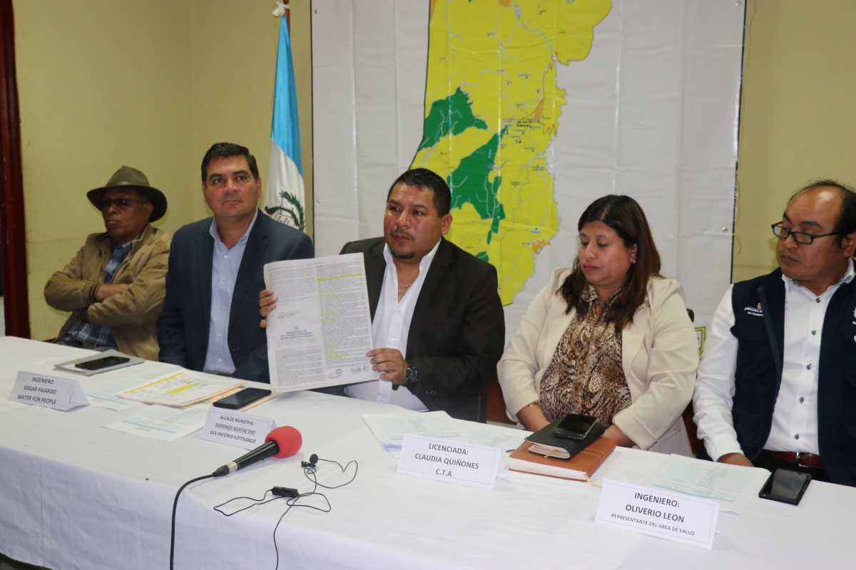 A falta de una ley de aguas, San Antonio Ilotenango norma el uso del vital líquido