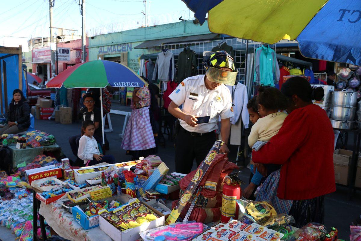 Concejo aprueba fechas y lugares para las ventas de pirotecnia en Quetzaltenango