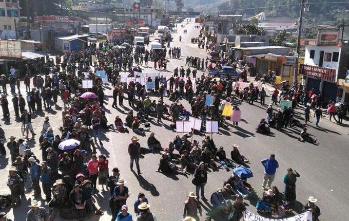 Los 48 cantones de Totonicapán bloquearán la ruta Interamericana  este martes 26 de noviembre. (Foto Prensa LIbre: Hemeroteca PL)