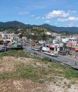 El Ministerio de Comunicaciones construirá  un distribuir vial en Cuatro Caminos, Totonicapán. (Foto Prensa Libre: Mynor Toc)