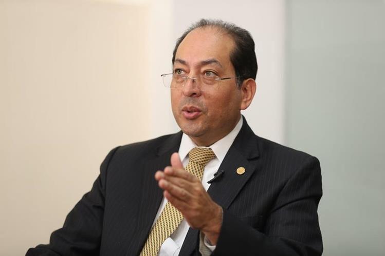 Junta Monetaria ordena auditar Banco de Crédito por arresto de Cóbar Bustamante