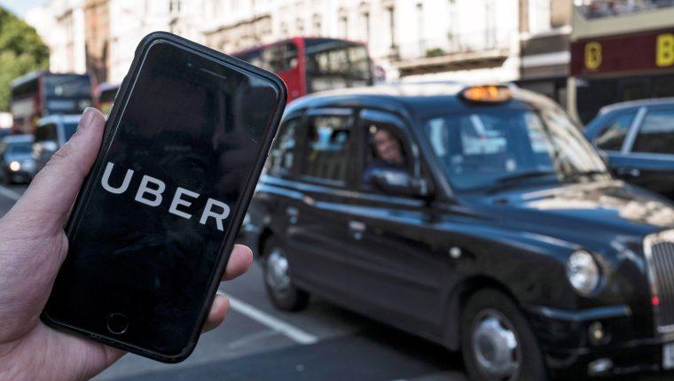 Transport for London no otorgará una nueva licencia a Uber para que opere en Londres, debido a problemas de seguridad. (Foto Prensa Libre: EFE)