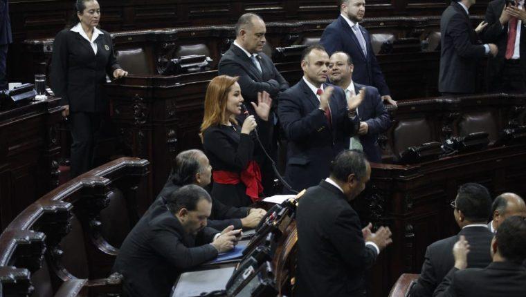 La diputada Alejandra Carillo presentó su renuncia al Congreso, a partir del 3 de diciembre. (Foto Prensa Libre: Noé Medina)