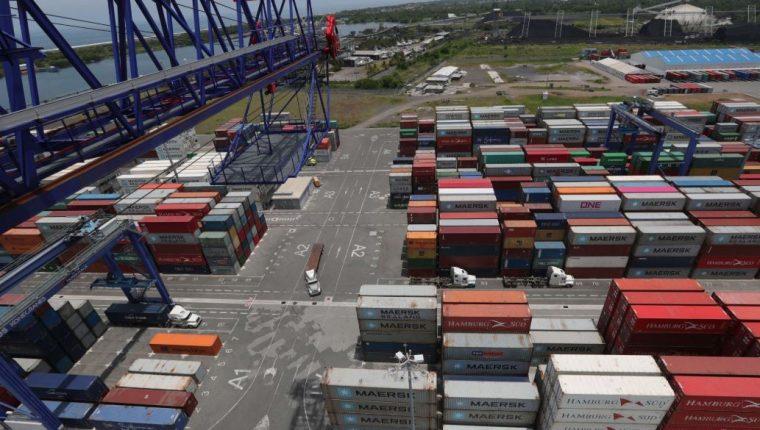 Operaciones de APM Terminals Quetzal, S.A. en la Portuaria Quetzal. (Foto Prensa Libre: Hemeroteca PL)