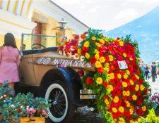 Productores presentan múltiples opciones de arreglos. (Foto Prensa Libre: Festival de las Flores en la Antigua)