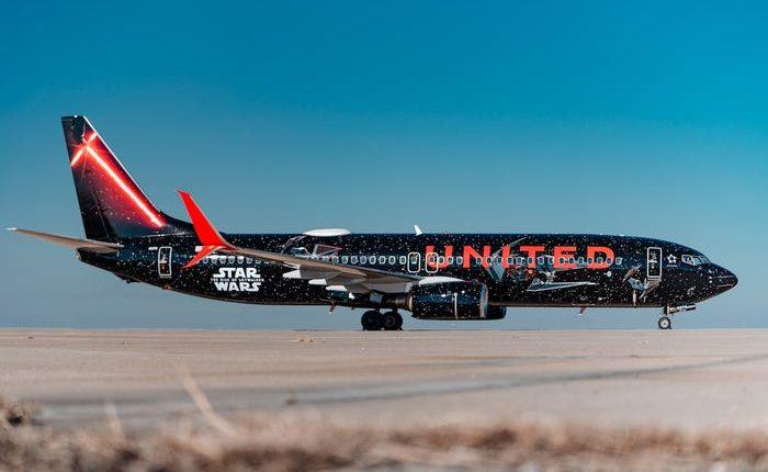 El avión cuenta con un lado oscuro y la Resistencia. (Foto Prensa Libre: United)