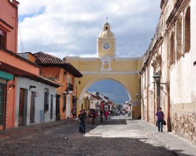 Antigua Guatemala ocupó el primer lugar entre los destinos más visitados el 1 de noviembre. (Foto Prensa Libre: Inguat)