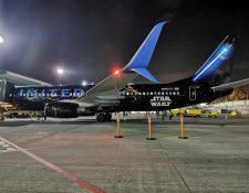 La aerolínea United se alió con Disney y LucasFilms para poder llevar a cabo la promoción del filme Star Wars: El ascenso de Skywalker (Foto Prensa Libre: María René Gaytán)