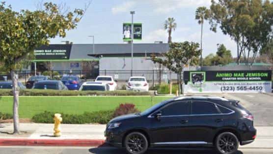 """""""Tenía su lista de víctimas"""": un niño de 13 años planeaba atentado contra una escuela de Los Ángeles, EE. UU."""