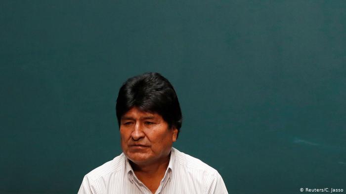 Desde su exilio en México, el exmandatario boliviano dijo en una entrevista que el responsable fue un general de la FAB. (Reuters/C. Jasso)