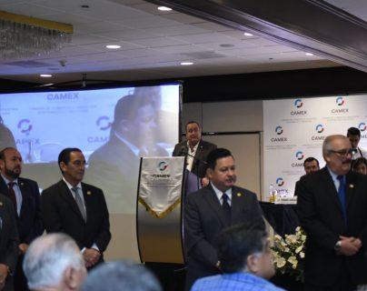 El presidente electo, Alejandro Giammattei Falla, presentó unas diez propuestas en el campo económico a un grupo de empresarios de la Cámara de Comercio e Industria Guatemalteco-Mexicana (Camex). (Foto Prensa Libre: Urías Gamarro)