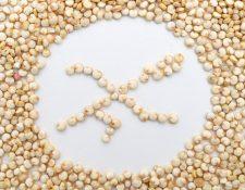 En algunos productos libres de gluten, las variedades de cereales más comunes con gluten son reemplazadas por ingredientes como la quinoa. (Foto Prensa Libre: Andrea Warnecke/dpa-tmn).