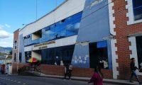 Edificio que ocupaba la Gobernación Departamental de San Marcos y que quedó inhabitable desde el terremoto del 2012. (Foto Prensa Libre: Whitmer Barrera)