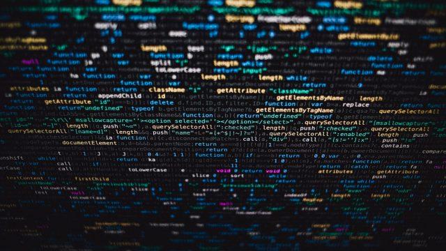"""Robo de servicios de streaming y """"sextorsión"""", entre las 10 amenazas digitales para el 2020"""