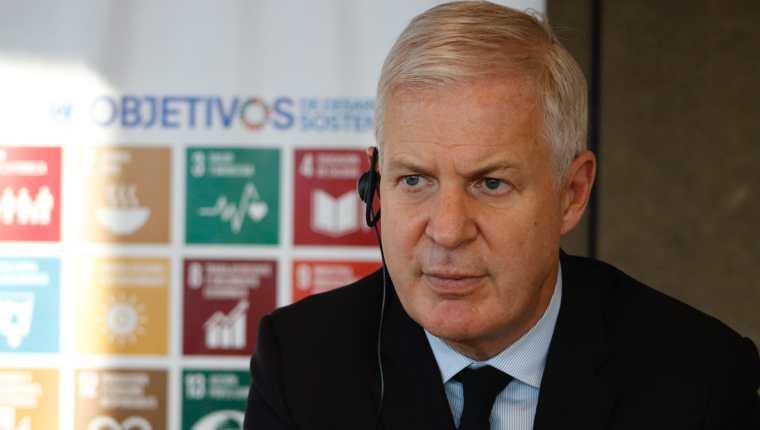 """Guatemala no puede seguir rezagada mientras el mundo avanza"""" – Prensa Libre"""