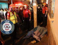 Un hombre de 30 años murió por un impacto de bala en el rostro. (Foto Prensa Libre: Bomberos Municipales)