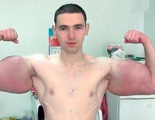 Kirill Tereshin, más conocido como el Popeye Ruso. (Foto Prensa Libre: Youtube).