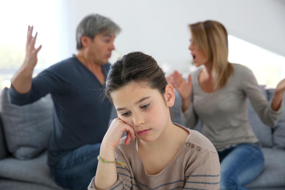 Los padres no deben ocultar la separación a los niños porque la perciben