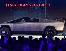 El cofundador y CEO de Tesla, Elon Musk,durante la presentación de Tesla Cybertruck. (Foto Prensa Libre: AFP)