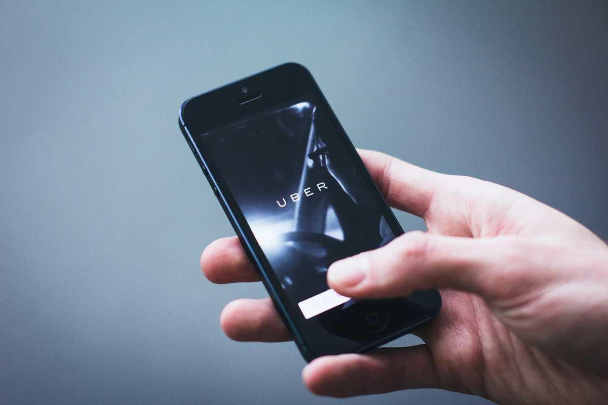 Uber permitirá grabar audio de los viajes por seguridad de sus usuarios