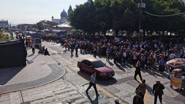 La marcha comenzó en la Plaza de la Constitución. (Foto Prensa Libre: María René Gaytán).