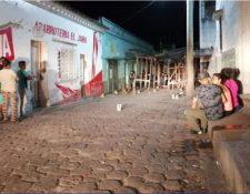 Cuatro personas murieron en los alrededores del mercado municipal de Zacapa. (Foto Prensa Libre: cortesía)
