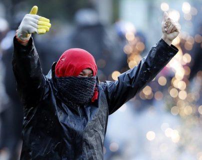 Los universitarios protagonizaron la jornada de protestas en Bogotá el martes durante varias horas. EPA