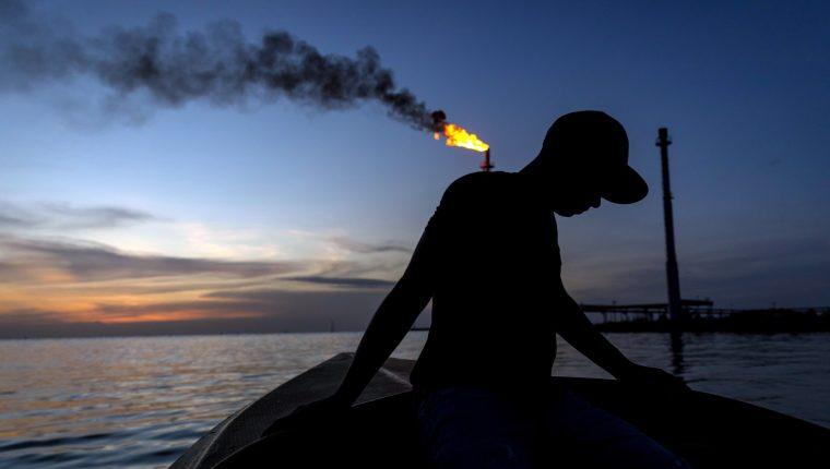 Los precios del petróleo han reaccionado ante el ataque de Irak. (Foto Prensa Libre: EFE)