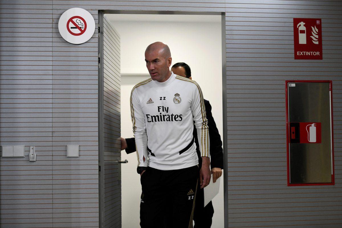 """Zidane """"no piensa en absoluto"""" en el Clásico antes de medirse al Valencia"""