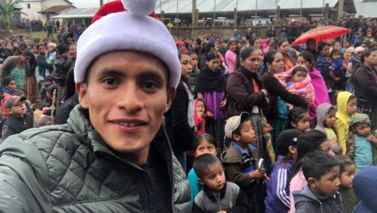 Mario Pacay llevó momentos de alegría a su comunidad en Alta Verapaz. (Foto Mario Pacay).
