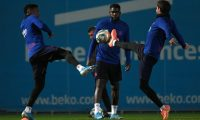 (LtoR) Barcelona's Portuguese defender Nelson Semedo, Barcelona's French defender Samuel Umtiti and Barcelona's Spanish defender Sergi Roberto attend a training session at the Joan Gamper Sports City training ground in Sant Joan Despi, on December 17, 2019 on the eve of their Spanish League football match against Real Madrid. (Photo by LLUIS GENE / AFP)