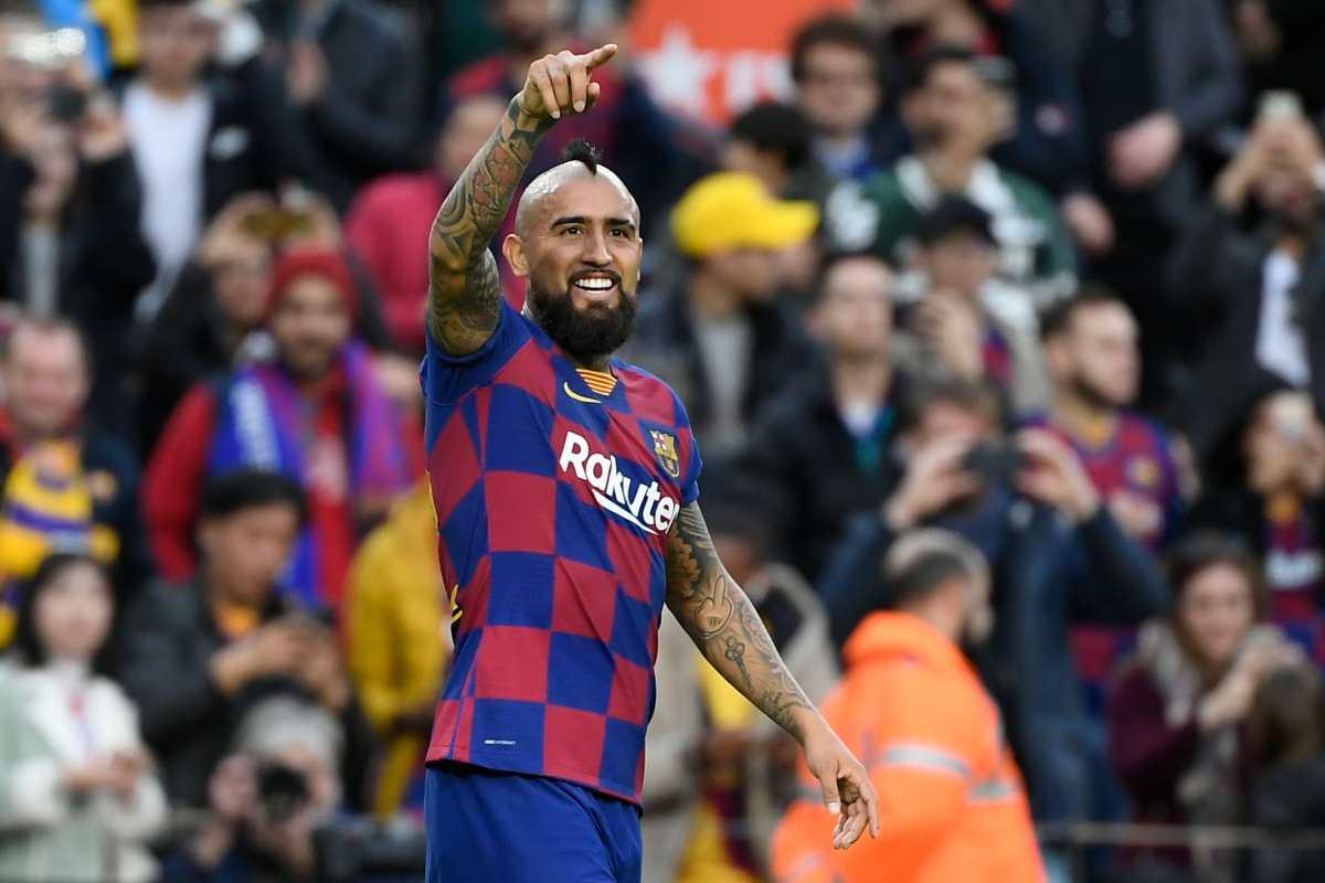 Vidal reclama al Barcelona €2.4 millones y el club niega que le deba tal cantidad
