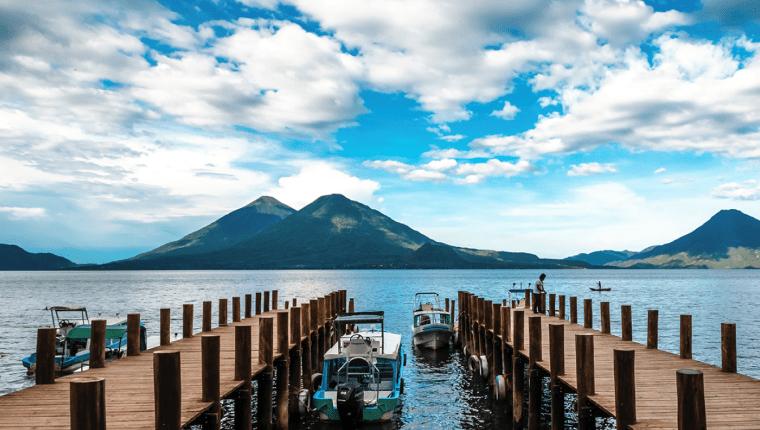 Panajachel y municipios de la cuenca del Lago de Atitlán siguen siendo uno de los destinos favoritos. (Foto, Prensa Libre: Hemeroteca PL).